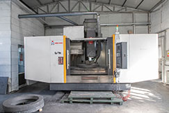 Purchased the 10th CNC machining center To meet customer needs, purchase 1890 type machining center